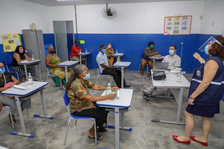 Vigilância Sanitária do Jaboatão realiza capacitação de comerciantes da orla contra à Covid-19