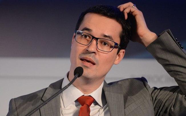 Conselho do MP pune Dallagnol com censura por posts contra Renan Calheiros