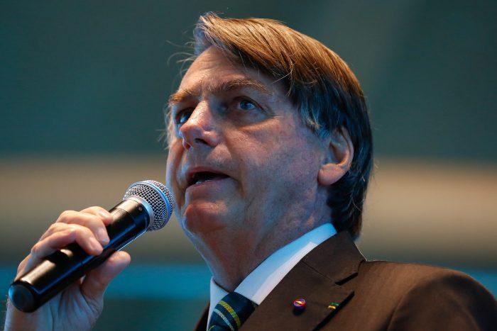 """Bolsonaro diz que país está em fase final de """"grande provação"""""""