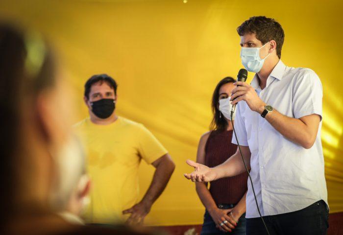 Ipsep: João Campos participa de reunião no bairro.