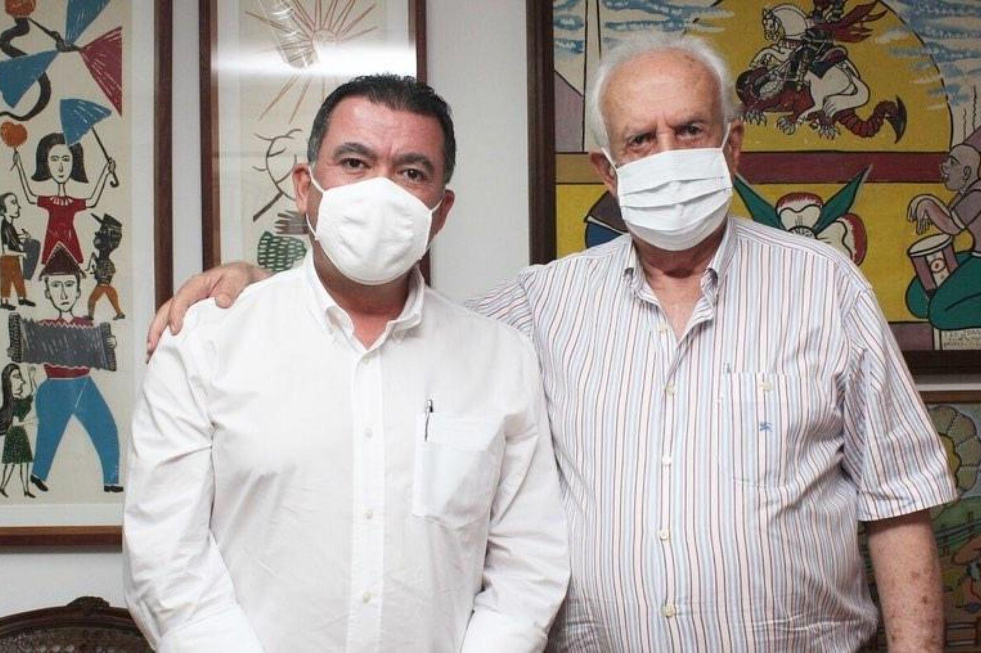 Prefeito dos Palmares recebe visita do senador Jarbas Vasconcelos