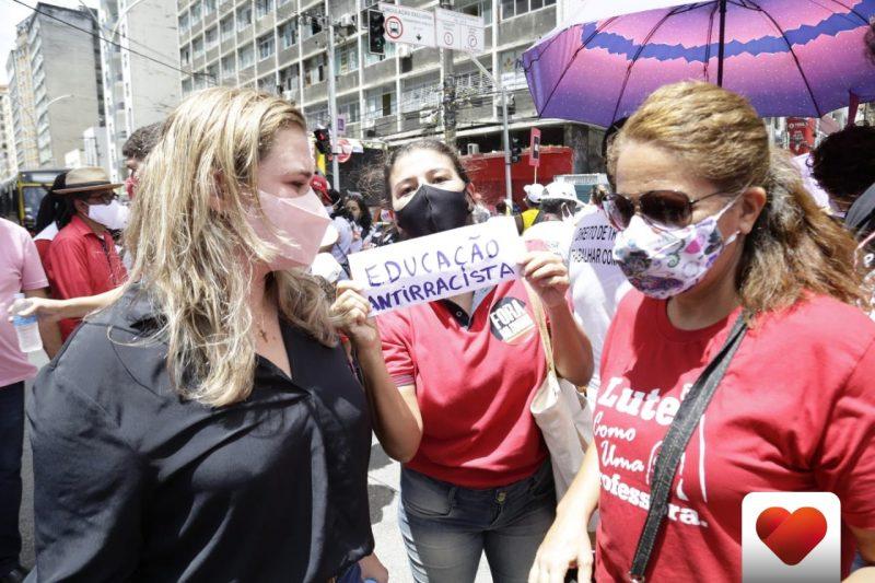 Marília Arraes participa do ato Grito dos Excluídos, no Recife