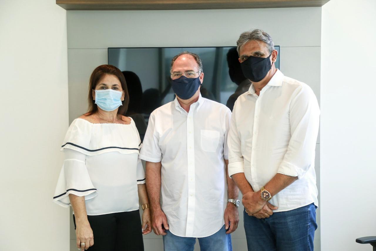Fernando Bezerra manifesta apoio a gestão do prefeito de Igarassu