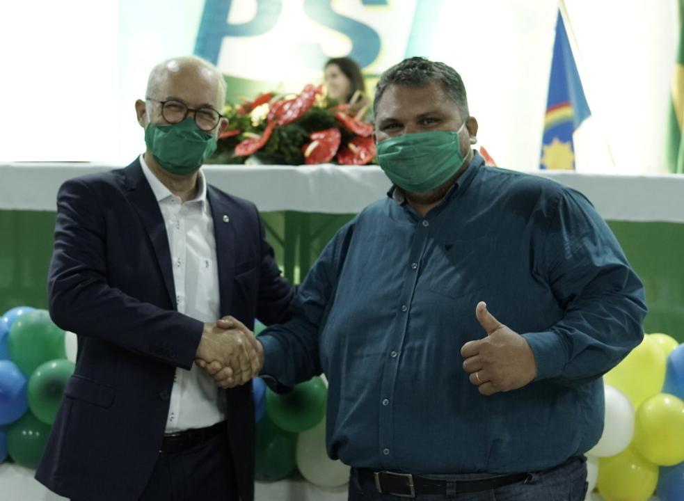 PSL lança Dr. Jefferson Leal como candidato a prefeito em Timbaúba