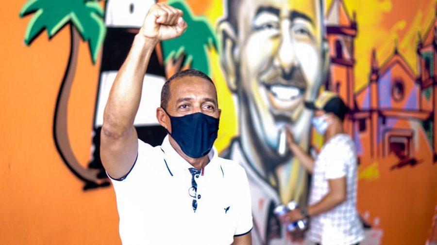 Lupércio inicia campanha falando para os jovens de Olinda