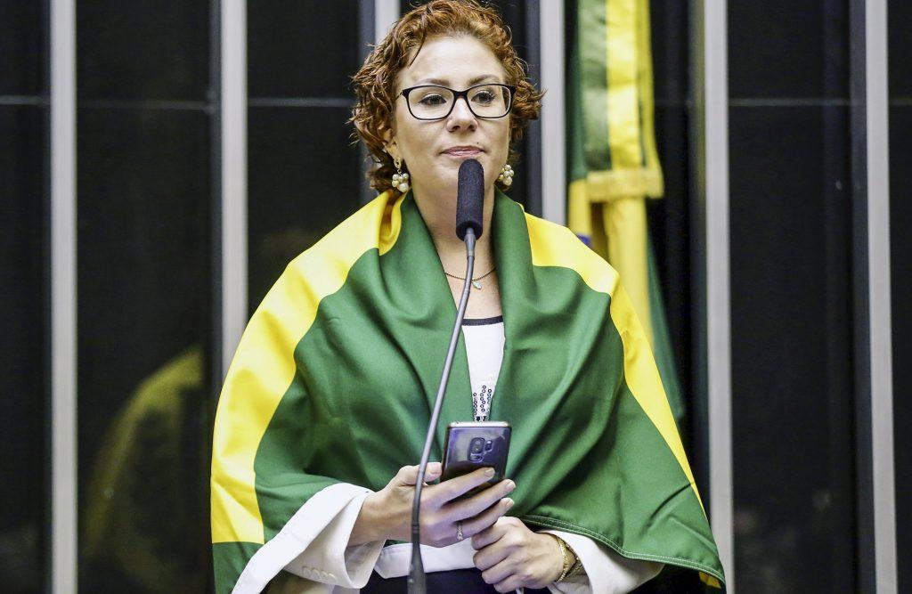 Carla Zambeli elogia Bolsonaro pelos eu discurso na ONU