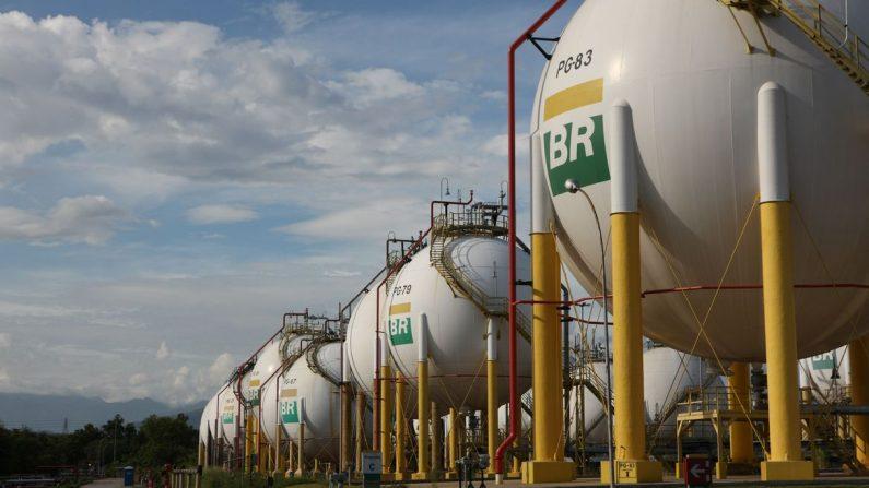 Lava Jato: Polícia Federal deflagra operação para apurar fraudes na Petrobras