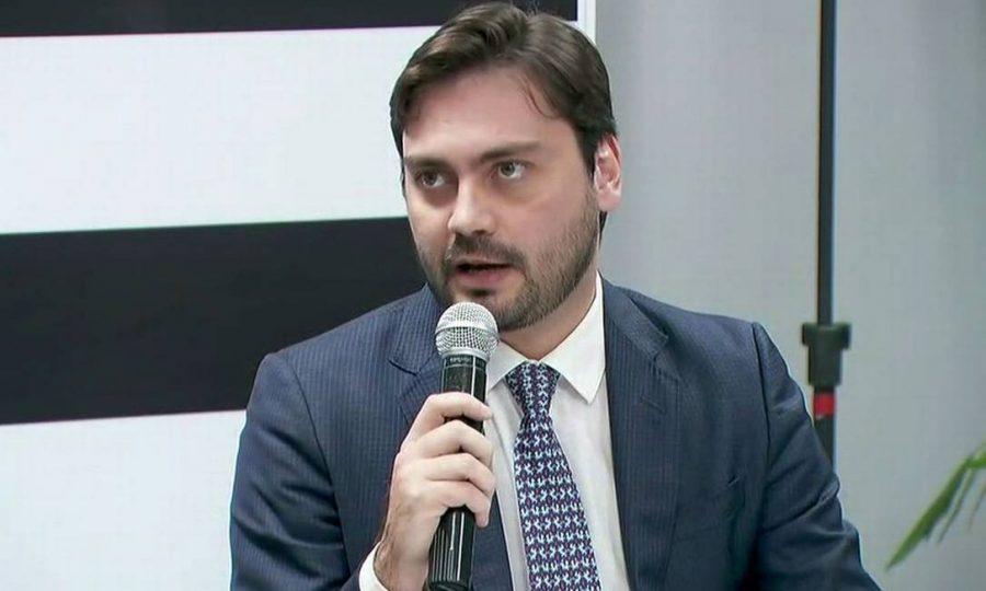 """Filipe Sabará: """"Estou sendo perseguido por João Amoêdo e ala esquerdista do Novo"""""""