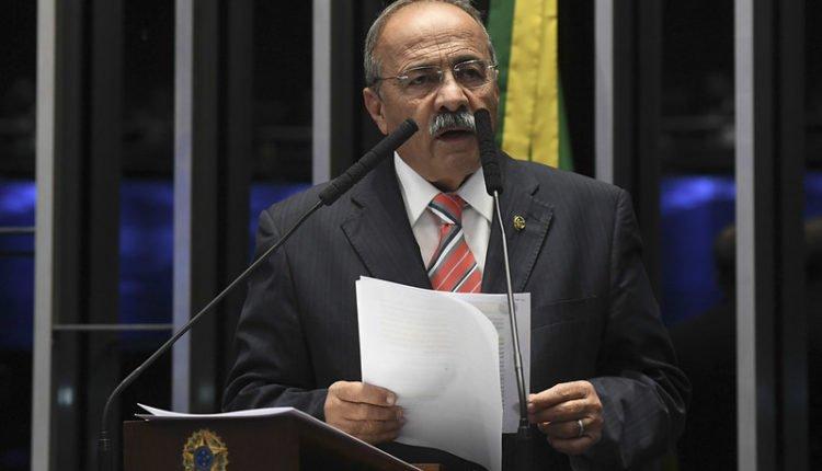 Senador Chico Rodrigues pede licença do cargo por 90 dias