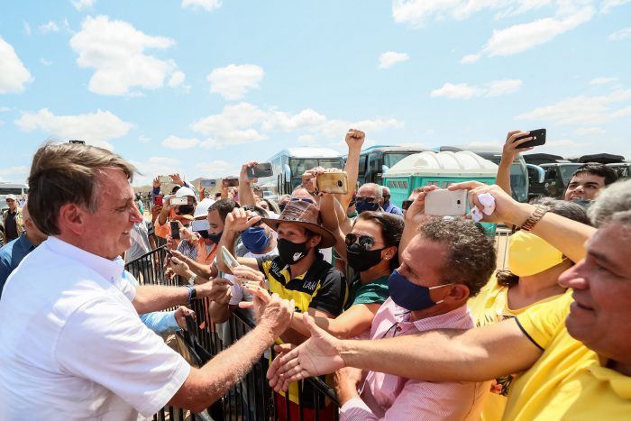 Bolsonaro é recebido com festa em Sertão pernambucano