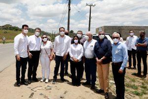 Paulo Câmara firma convênio para melhorar abastecimento de água em Orobó
