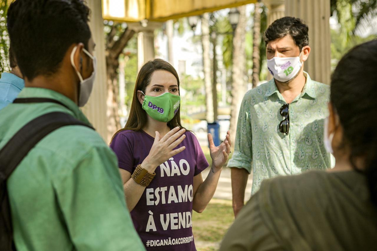"""Patrícia diz que vai abrir a """"caixa preta"""" das multas no Recife"""