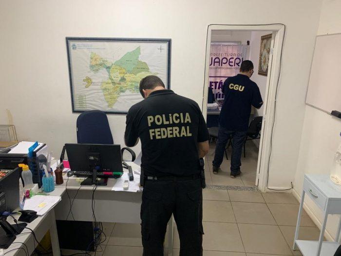 Operação da Polícia Federal afasta secretária de Saúde por suspeita de irregularidades na compra de respiradores