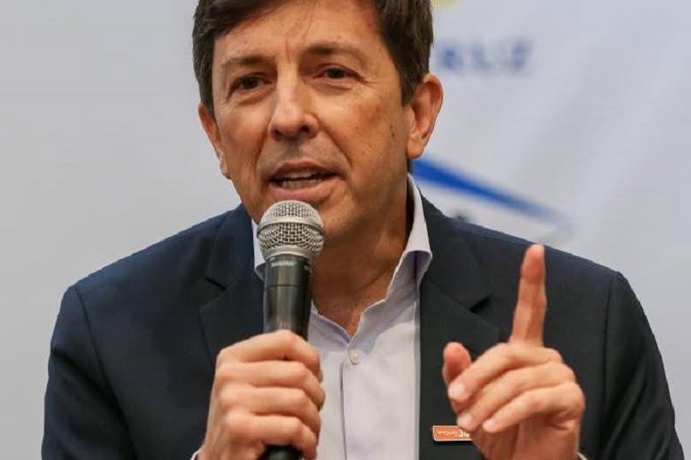 João Amoêdo pede Impeachment de Bolsonaro depois do colapso no Amazonas