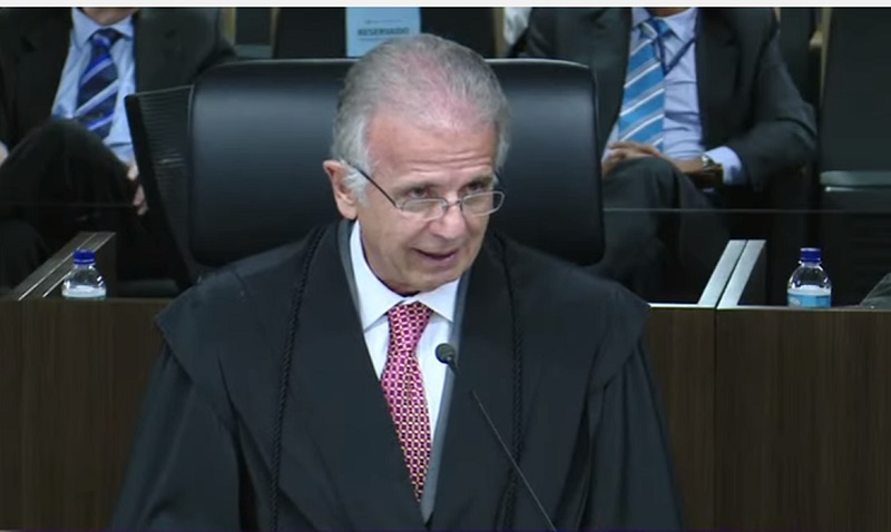 José Mucio Monteiro formaliza pedido de aposentadoria no TCU
