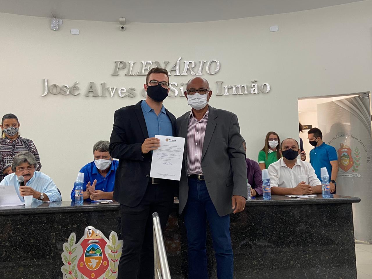 Em Belo Jardim, prefeito Gilvandro Estrela empossa novo secretariado