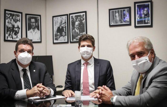 João Campos articula emendas parlamentares para obras de investimentos no Recife