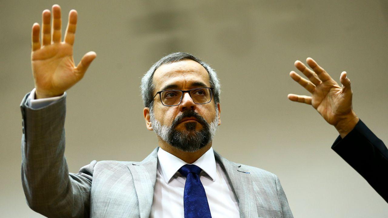 Inquérito contra ex-ministro Abraham Weintraub é arquivado pelo MP