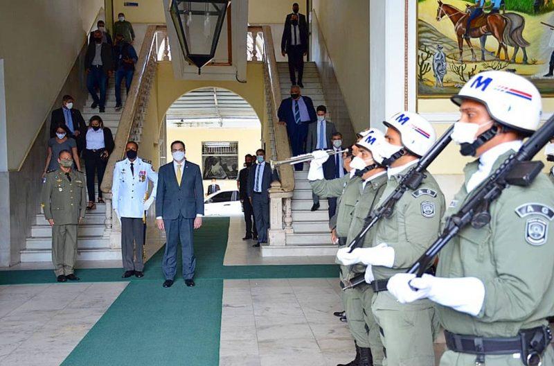 Governador Paulo Câmara autoriza promoção de 470 sargentos da Polícia Militar e do Corpo de Bombeiros