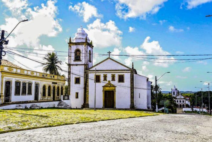 Prefeita professora Elcione participará de entrega da primeira etapa de restauração da Matriz dos Santos Cosme e Damião, padroeiros da cidade