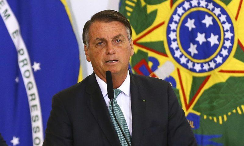 Bolsonaro encaminha ao Congresso plano de redução de benefícios fiscais; medida possibilita o pagamento do auxílio emergencial em 2021
