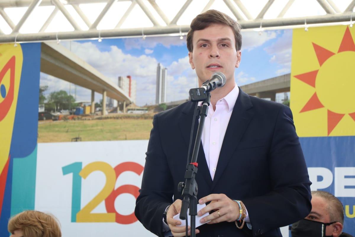 Filiação de Miguel Coelho no Democratas já tem confirmação de representantes de oito partidos e mais de 30 prefeitos