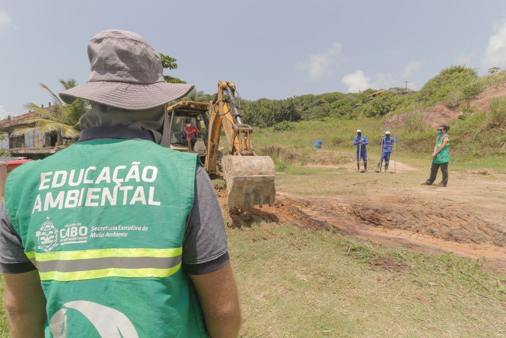 Prefeitura do Cabo retira óleo remanescente do acidente ambiental de 2019 em Itapuama