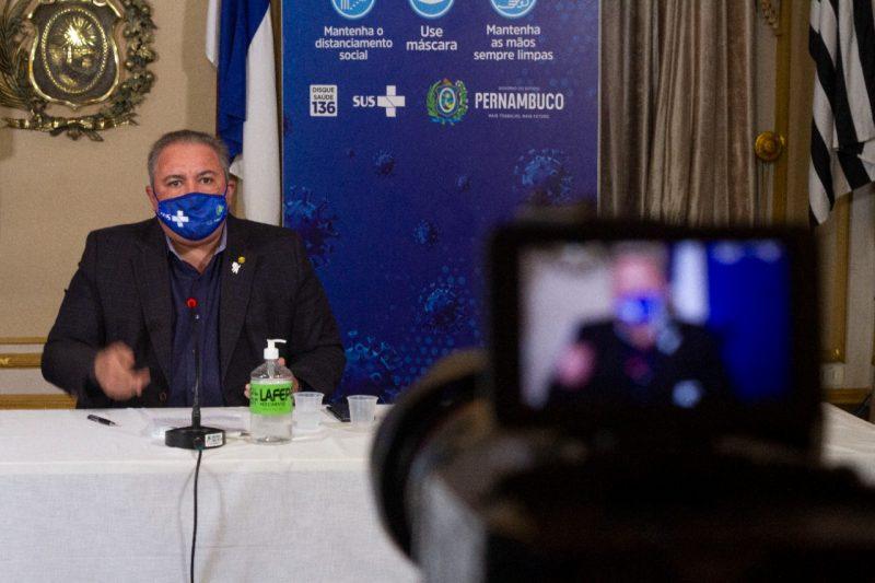 André Longo afirma que desobrigação de uso de máscaras em Pernambuco só será possível com o avanço da vacinação completa contra Covid-19