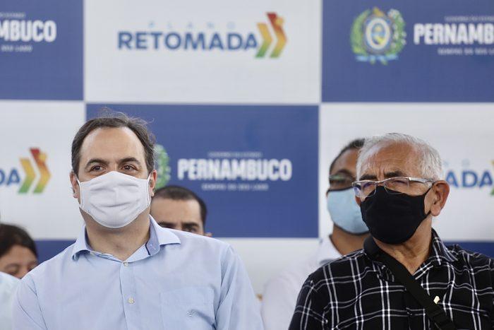 Em Paulista, governador Paulo Câmara anuncia reforço na infraestrutura e no abastecimento de água