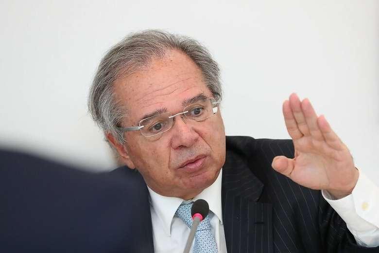 Ministro Paulo Guedes diz 'não aceitar narrativa' de que o Governo Bolsonaro não protegeu vidas na pandemia de Covid-19