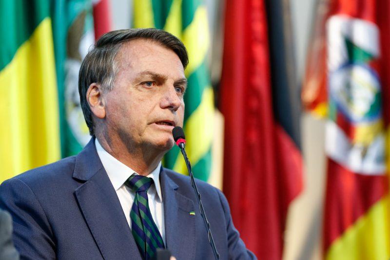 Bolsonaro sanciona com vetos Lei que redifine divisão das sobras de voto em eleições proporcionais; entenda como vai funcionar