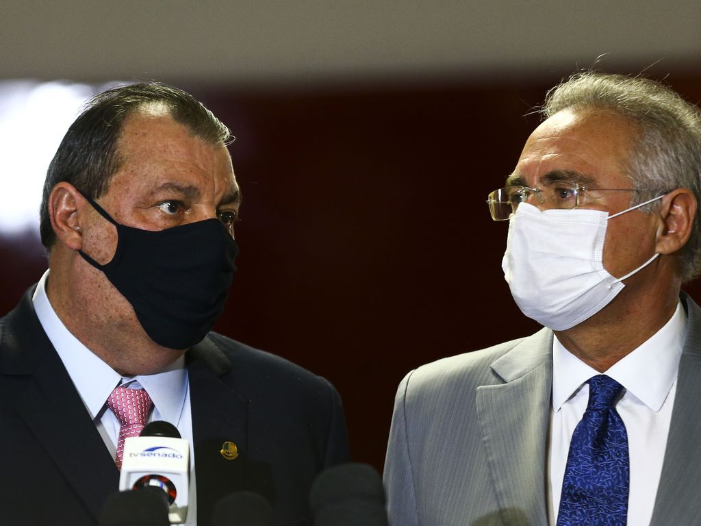 """Presidente da CPI sobre relatório de Renan Calheiros: """"Que ele mantenha tudo o que vazou�"""