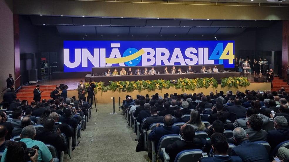 """Em convenção, DEM e PSL aprovam fusão e criação do partido União Brasil; partido se posicionou como """"social-liberalista�"""